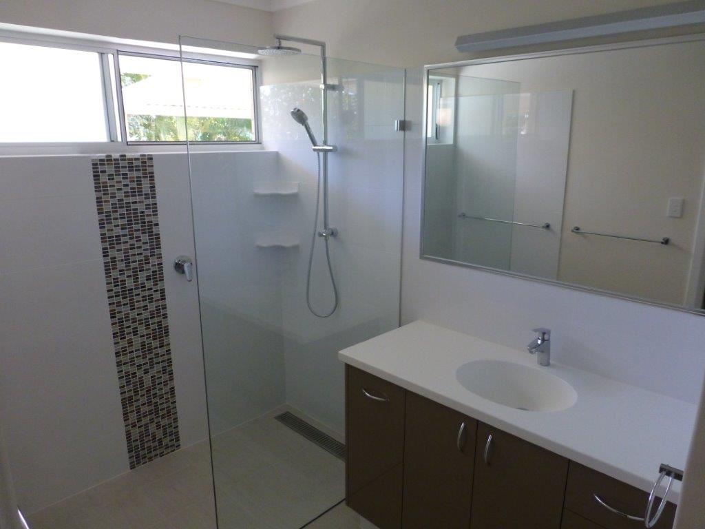 Bathroom renovations in perth willetton cabinets for Bathroom d willetton