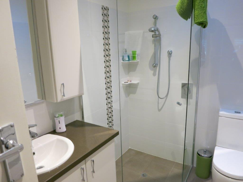 Home renovation company in perth willetton cabinets for Bathroom decor willetton
